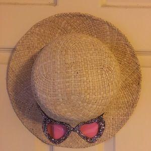 Kate Spade Rose colored sunglasses Sun hat